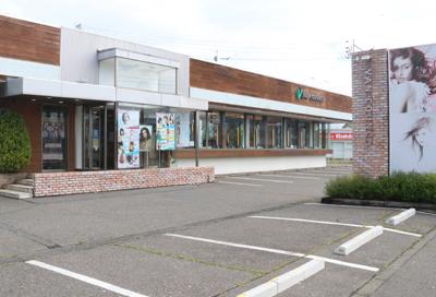 美容室ヴァンカウンシル川中島店外観