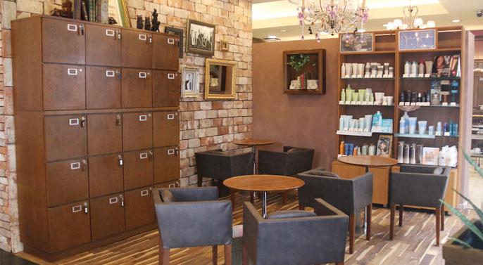 美容室ヴァンカウンシルセレクト長野駅前店カウンセリングブース