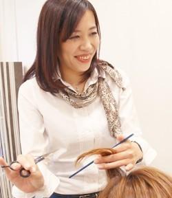 美容室ヴァンカウンシル スタイリスト岩瀬 綾