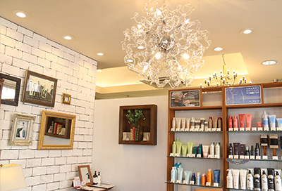 美容室ヴァンカウンシルセレクト長野駅前店ラグジュアリーな空間